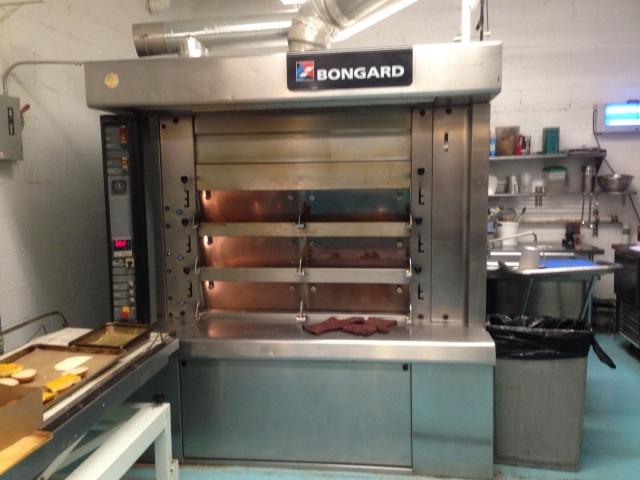 bongard cervap deck oven and scissor lift loader pre. Black Bedroom Furniture Sets. Home Design Ideas