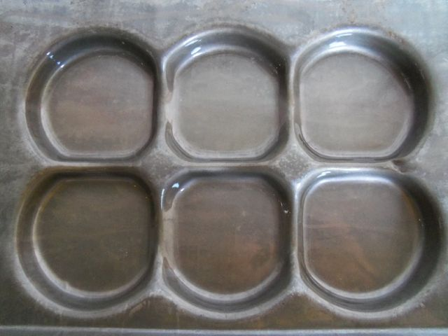 3 18quot Cluster Slider Hamburger Bun Pans Pre Owned
