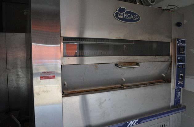 Picard 24 Pan Revolving Tray Oven Elec Model Mt 8 24d E